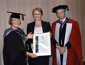 Sandra Clark (left) received the Oxoid Prize for the Best Project in Microbiology from Alison Smith (centre), Pharmaceutical Marketing Manager, Oxoid and Professor John Smart, Head of School, Pharmacy and Biomolecular Sciences, University of Brighton, UK.